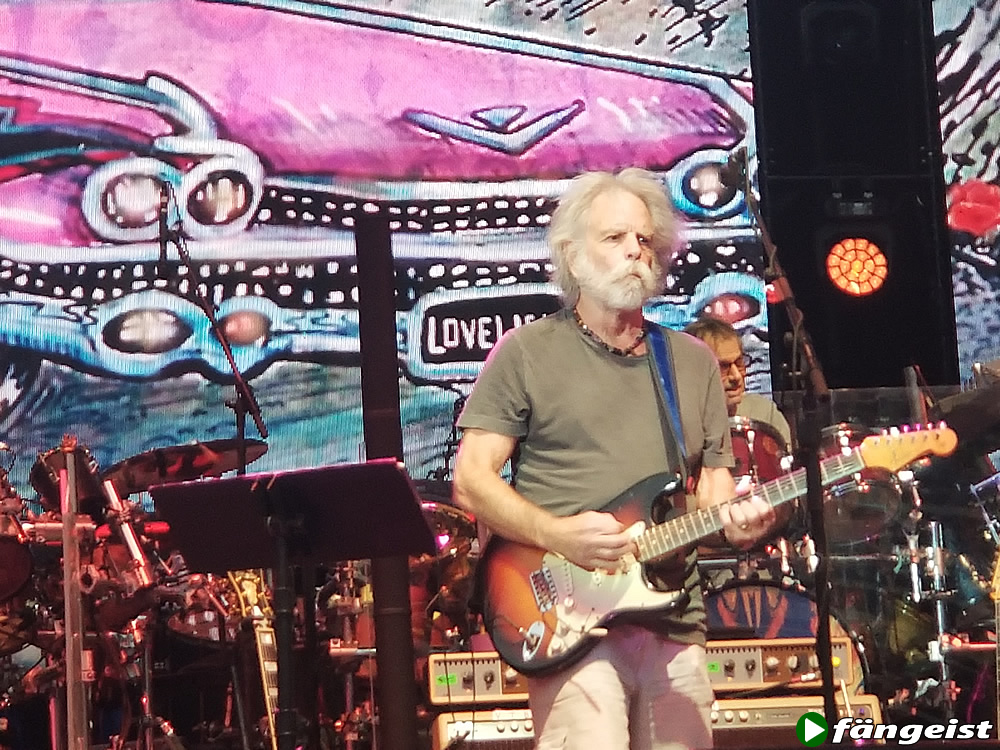 Bob Weir playing with Dead and Company June NY show Citi Field