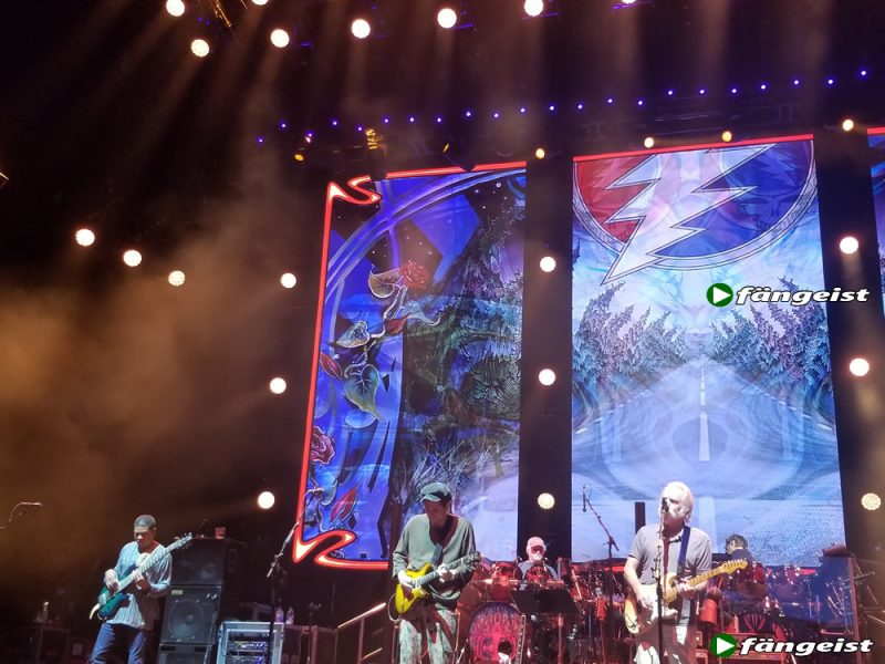 dead and company hartford 6_13_18_live_shot_3
