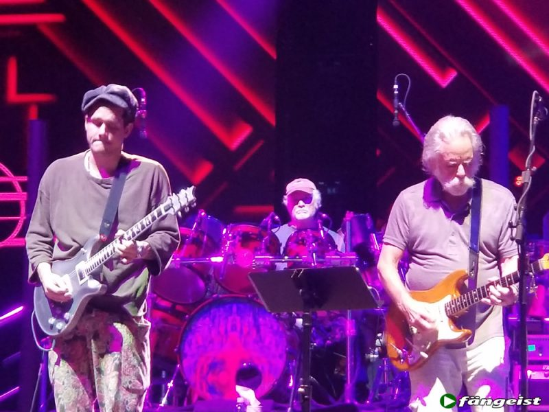 dead and company hartford 6_13_18_live_shot_5