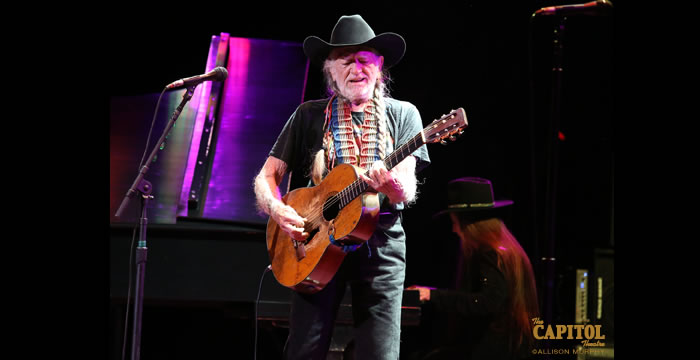 willie_nelson at the capitol