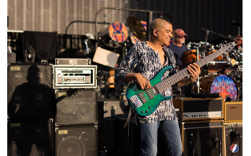 dead and company bass player oteil burbridge