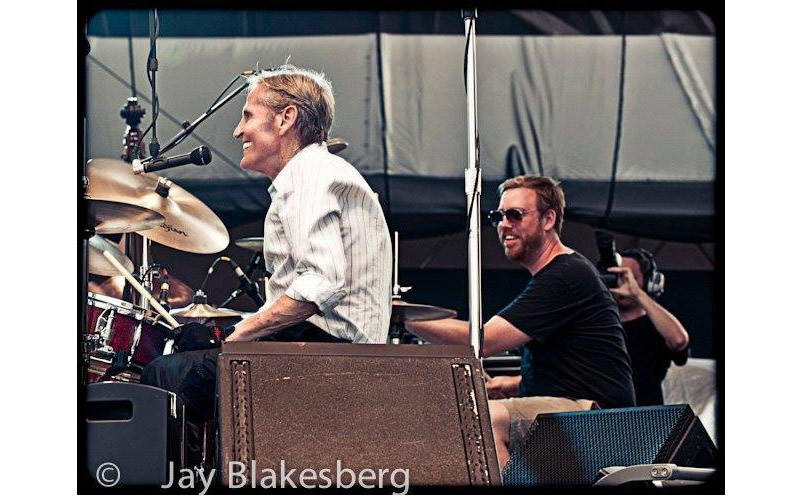 joe russo playing on stage with levon helm
